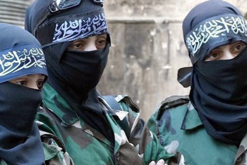 دختر دانمارکي تحت تاثير داعش مادر خود را به قتل رساند