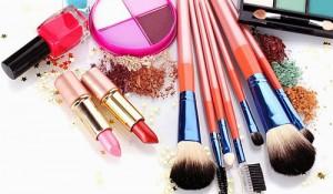 ترکیبات بسیار خطرناک در لوازم آرایشی