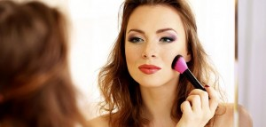 Makeup-In-Hot-Weather-702x336