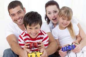 علاقه بیش از حد والدین به فرزندشان