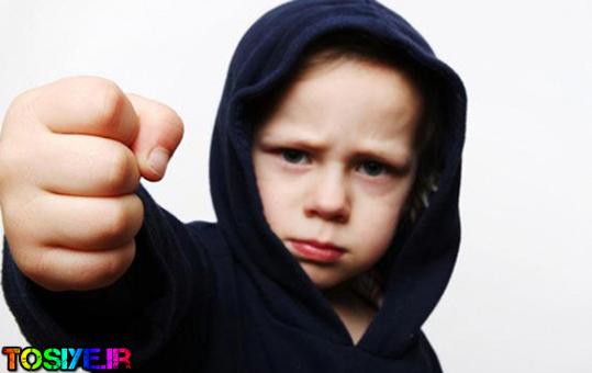 چند توصیه برای رفتار با کودکی که دست بزن دارد
