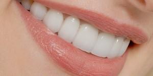 احساس می کنید دندان هایتان حالت لقی دارند؟