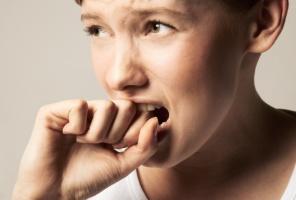 ۱۰ نشانه استرس شدید