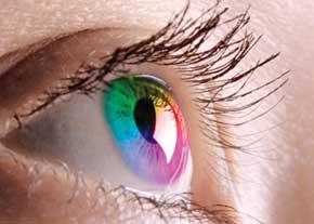 استفاده کنندگان لنزهای چشمی مراقب باشند