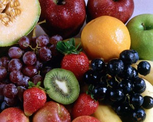 میوه ها را داخل کیسه های نایلونی در یخچال نگذارید